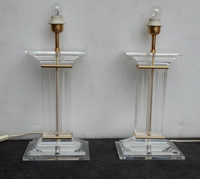 Polished 1970 Pair of Lamps in Lucite Columns Deco For Sale