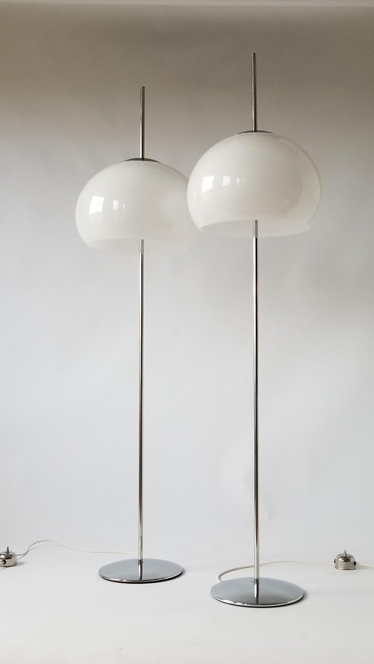 1970 Pair of Reggiani Acrylic Shade on Chrome Floor Lamp, Italy In Good Condition For Sale In St- Leonard, Quebec