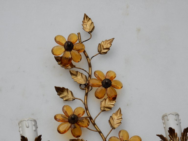 Neoclassical 1970 Pair of Wall Lamp in the Style of Maison Baguès with Orange Color Flowers For Sale