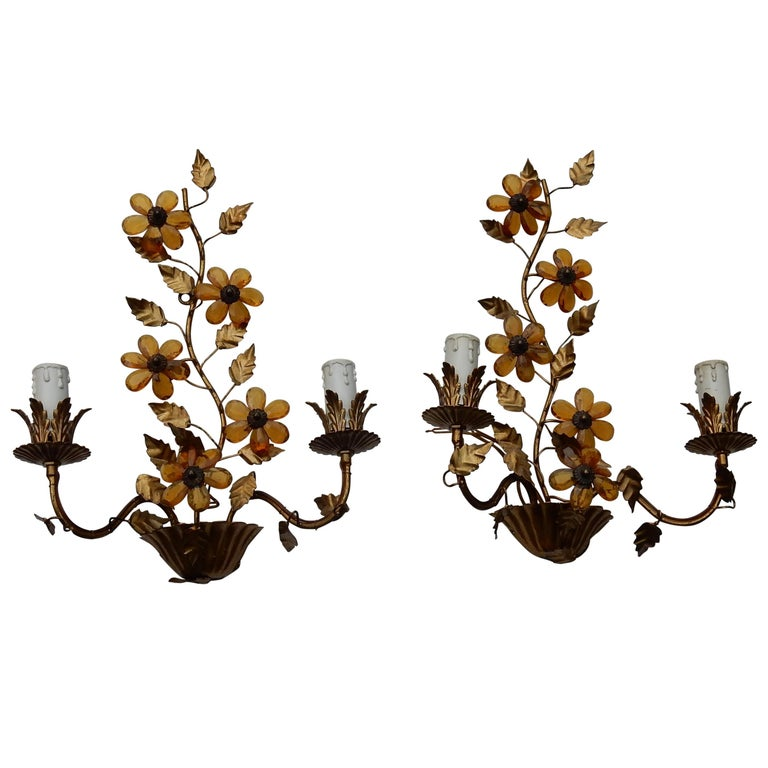 1970 Pair of Wall Lamp in the Style of Maison Baguès with Orange Color Flowers For Sale