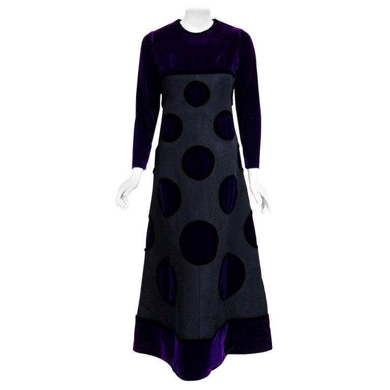 1970 Pierre Balmain Haute Couture Purple Velvet Graphic Gown & Full-Length Cape For Sale