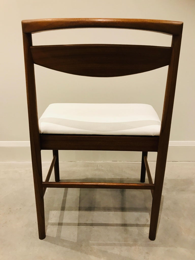 1970 Vintage Teak McIntosh Retro Dining Chairs Upholstered in White Leather For Sale 8