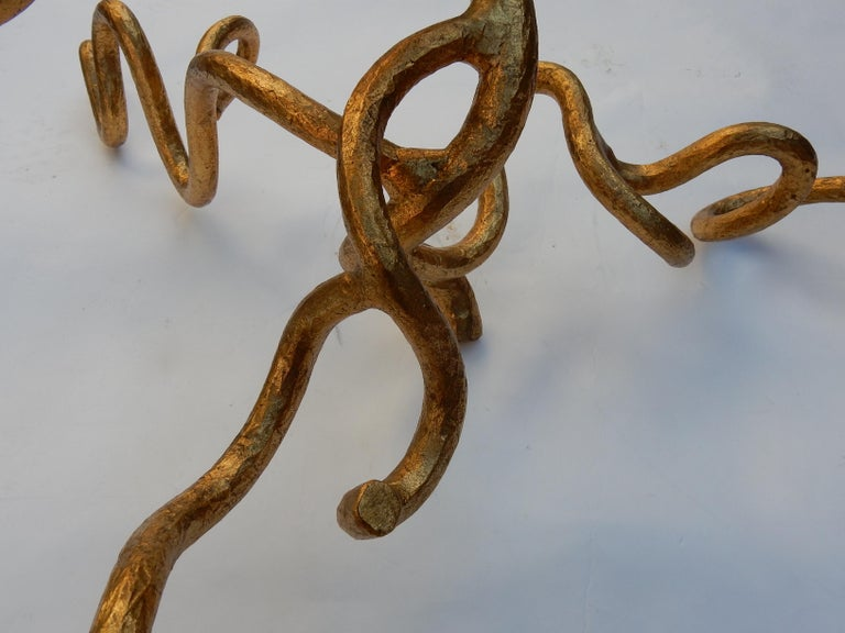 1970 Wrought Iron Coffee Table with Interlacing In The Style Of Giacometti For Sale 1