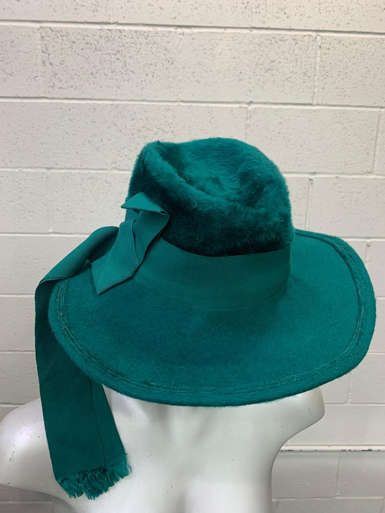 1970 Yves Saint Laurent Emerald Green Fur Felt Fedora W/ Ribbon Streamers  For Sale 4