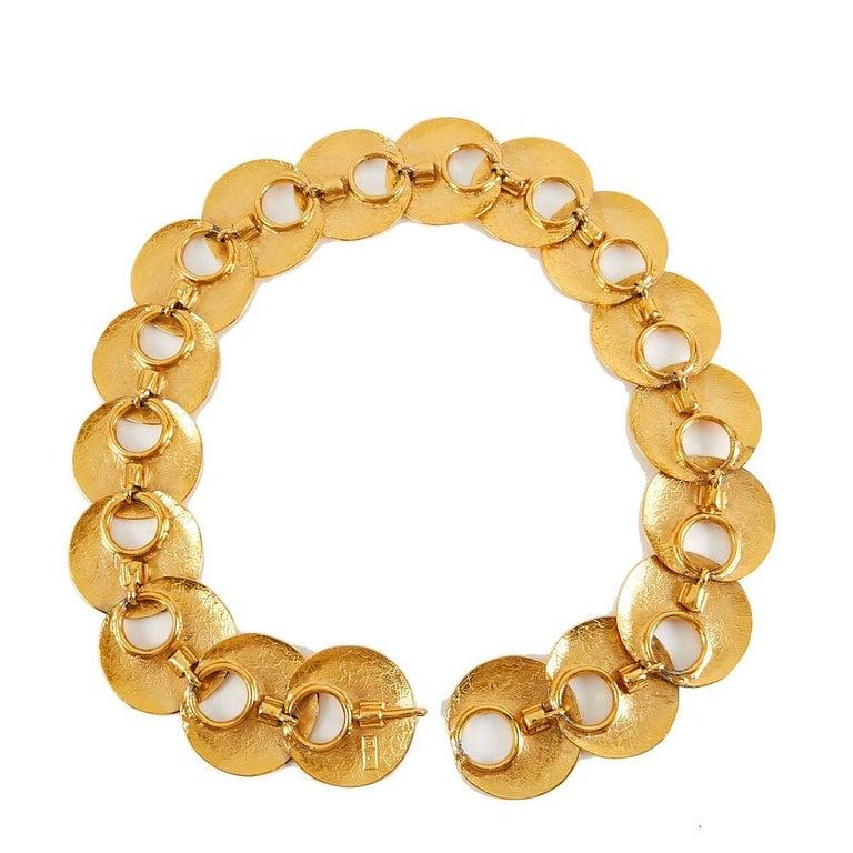 1970 Yves Saint Laurent Vintage Gold Tone Textured Belt In Good Condition For Sale In Paris, FR
