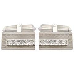 1970s 1 Carat Diamond and White Gold Cufflinks