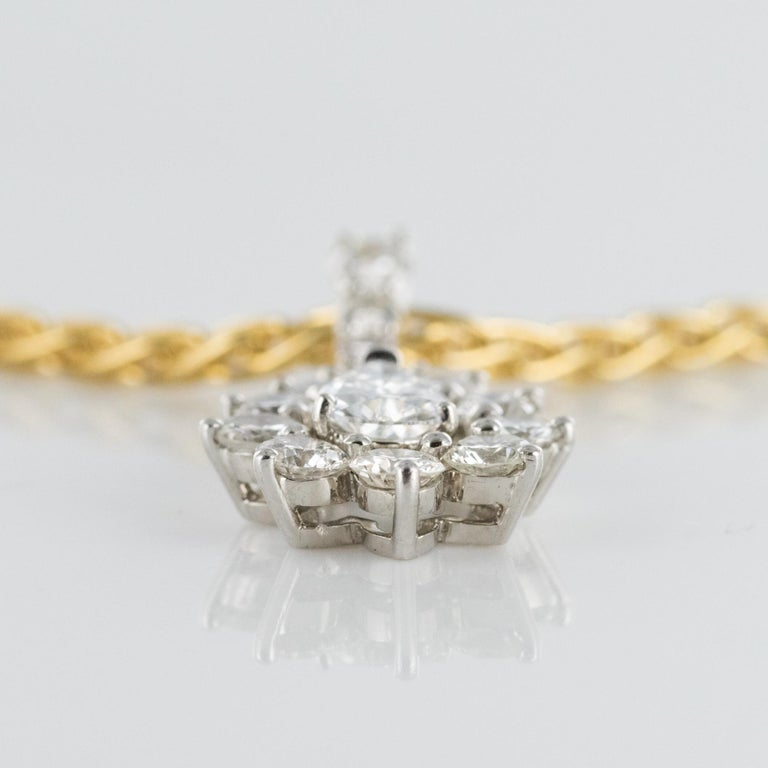 1970s 1.65 Carat Diamond White Gold Pendant Yellow Gold Chain Necklace For Sale 5