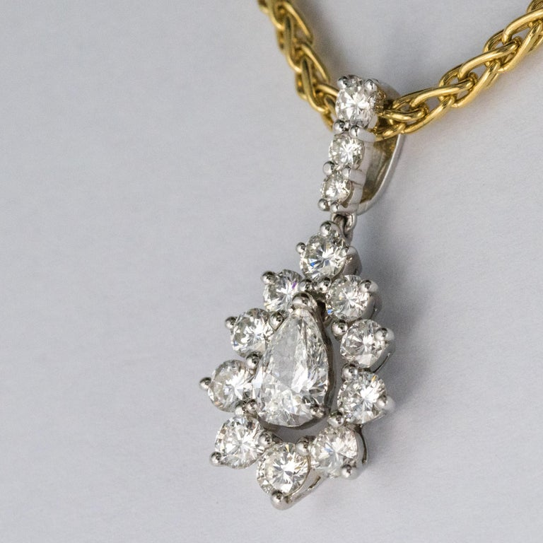 Women's 1970s 1.65 Carat Diamond White Gold Pendant Yellow Gold Chain Necklace For Sale
