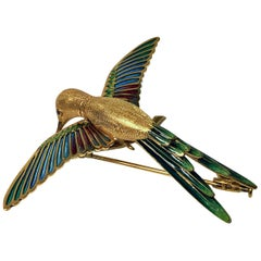 1970s 18 Karat Enamel Humming Bird Brooch