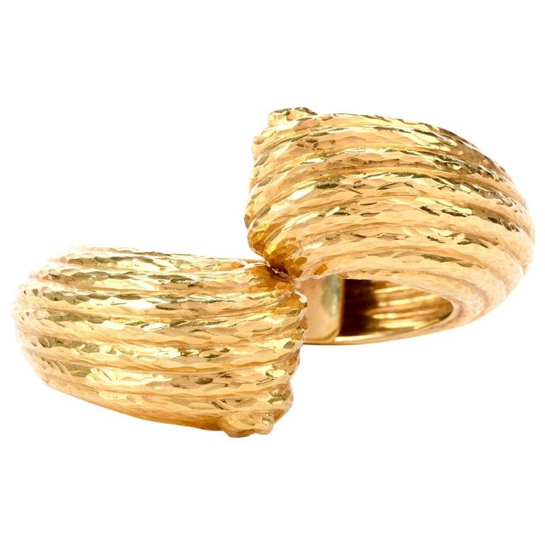 1970s 18 Karat Shell Hinged Cuff Bangle Bracelet For Sale