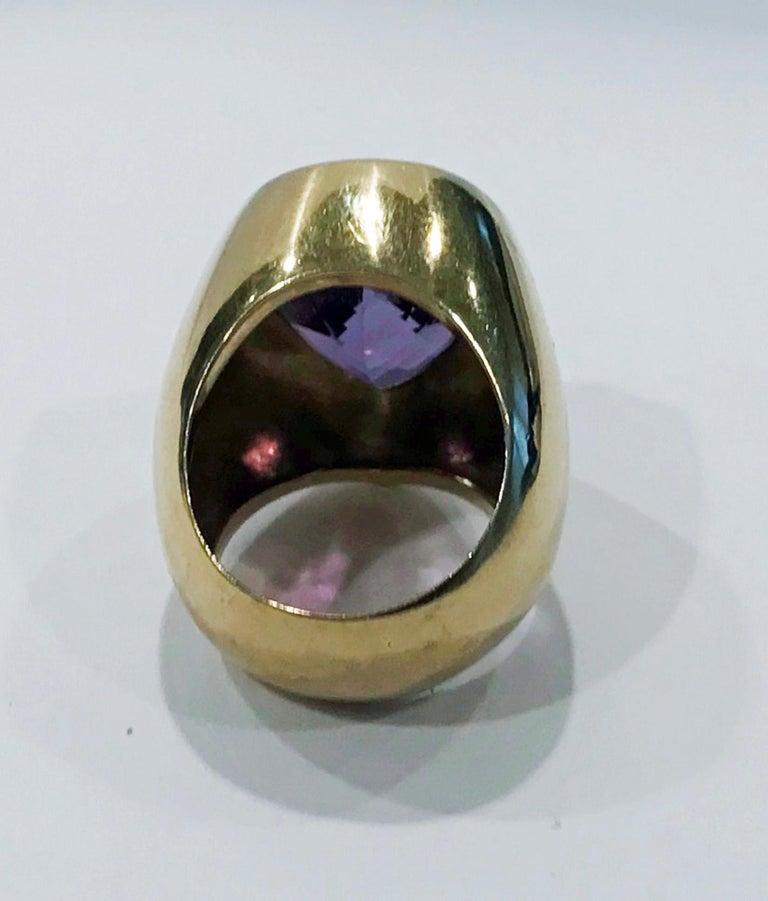 Heart Cut 1970s 18 Karat Amethyst Large Ring For Sale