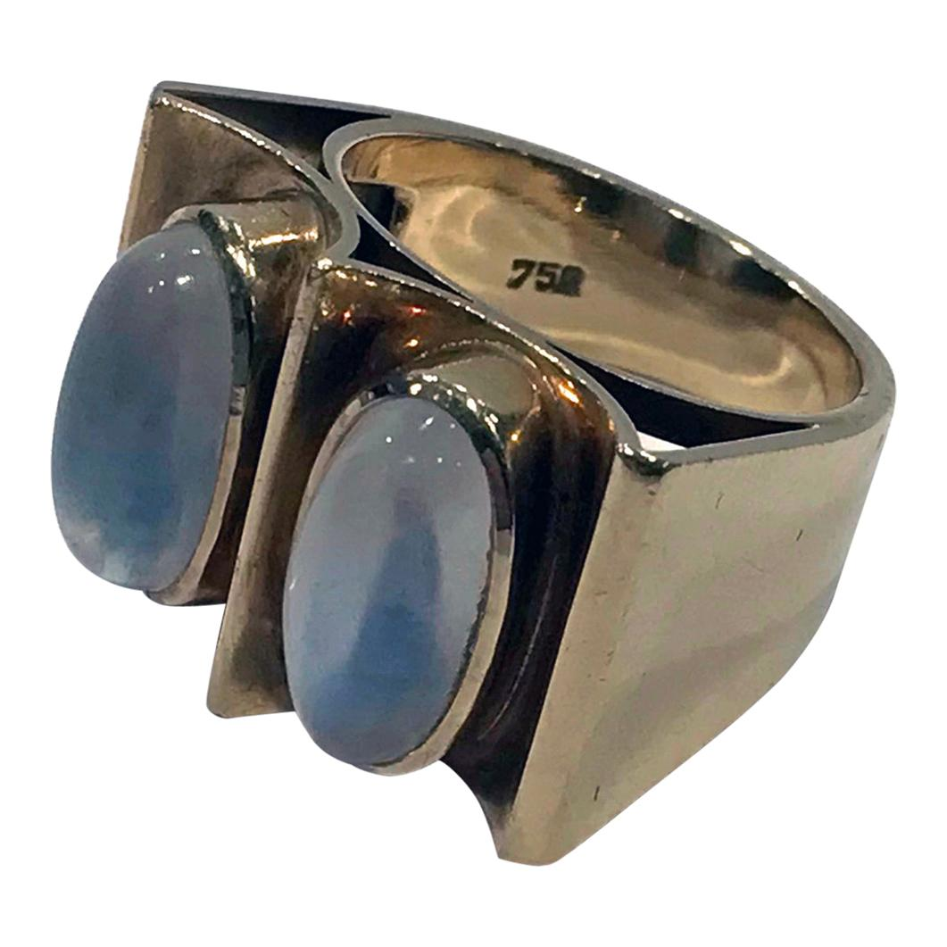 1970s 18 Karat Moonstone Abstract Ring