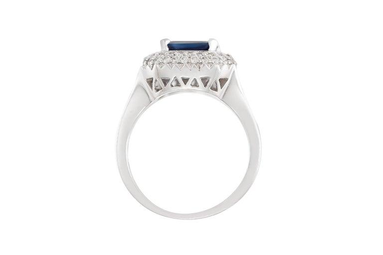 Round Cut 1970s 18 Karat White Gold Sapphire and Diamond For Sale