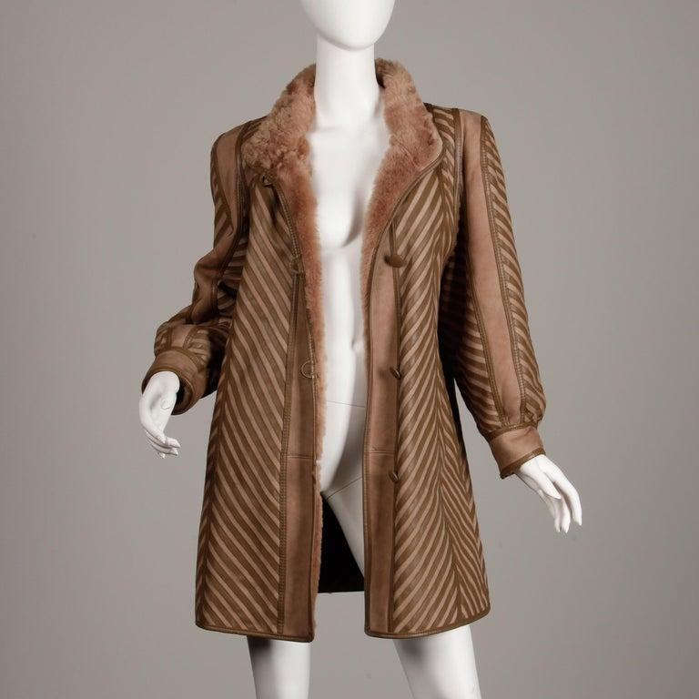 1970s-1980s Vintage Brown Leather + Sheepskin Chevron Shearling Fur Coat For Sale 2