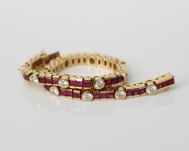 Women's or Men's 1970s 3 Carat Total Diamond and Ruby Bracelet in 18 Karat Gold For Sale