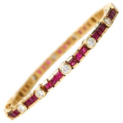 1970s 3 Carat Total Diamond and Ruby Bracelet in 18 Karat Gold