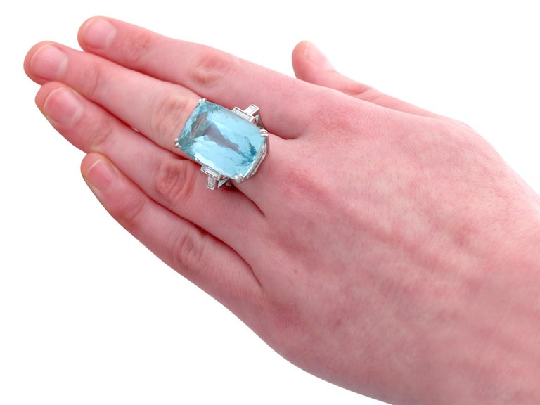 1970s 45.09 carat Aquamarine and Diamond White Gold Cocktail Ring For Sale 1