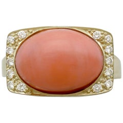 1970s 5.27 Carat Pink Coral and Diamond Yellow Gold Cocktail Ring