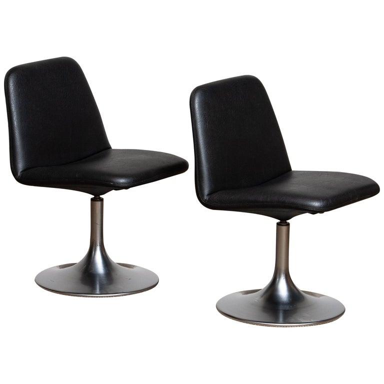 "1970s a Pair of Black ""Vinga"" Swivel Slipper Chairs by Börje Johanson, Sweden 1"