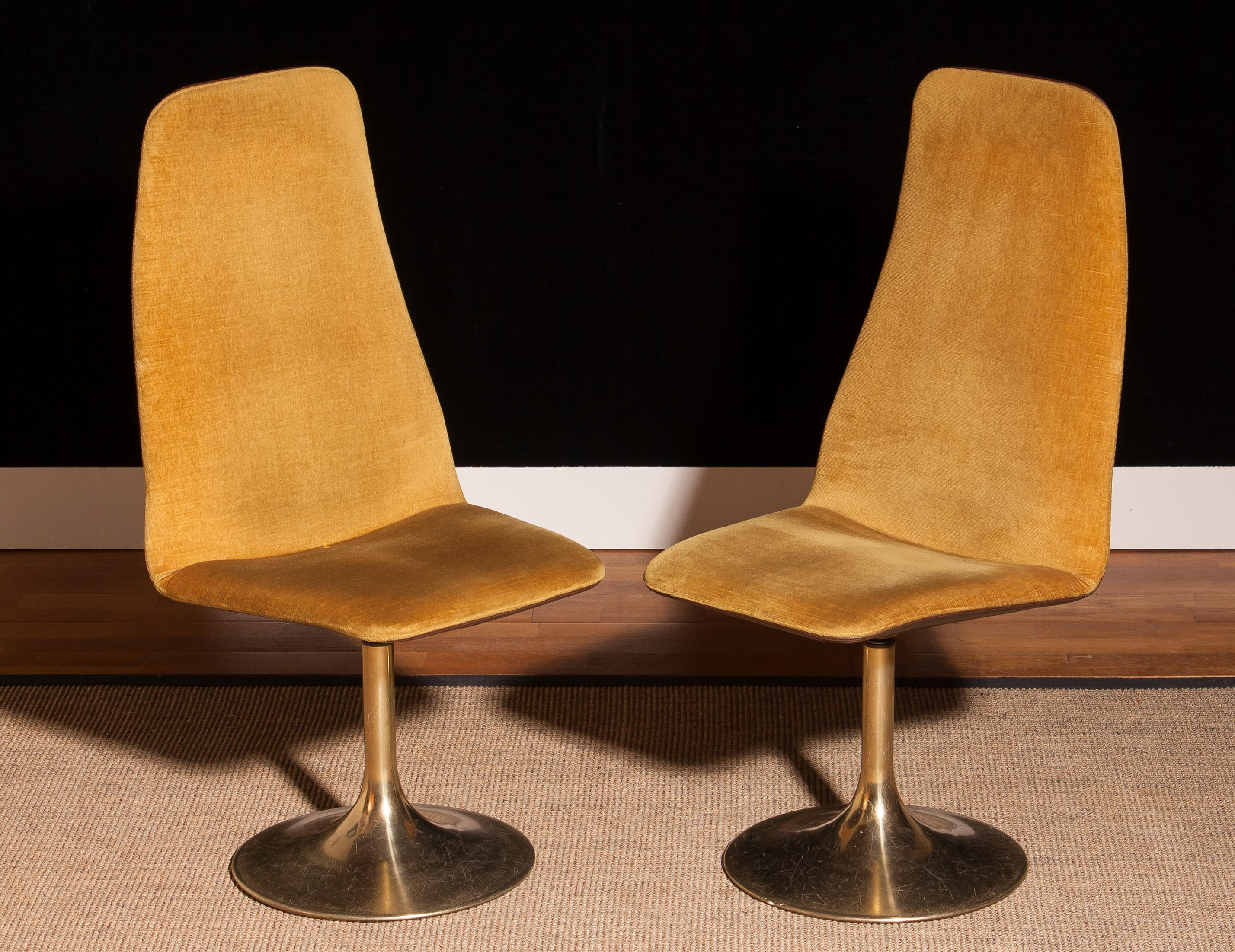 Superb 1970S A Pair Of Gold Velours And Brass Swivel Chairs By Johanson Design Creativecarmelina Interior Chair Design Creativecarmelinacom