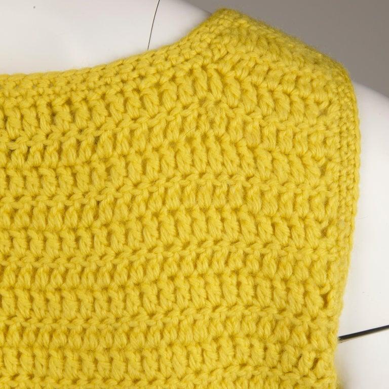 1970s Adolfo Vintage Knit Sweater Vest For Sale 4