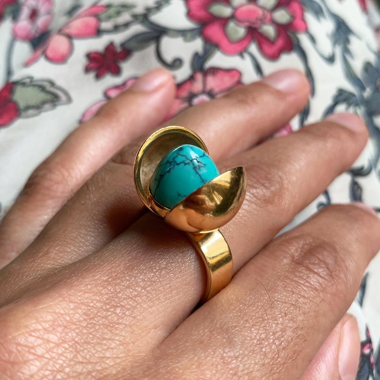 1970s Age Fausing Denmark Turquoise and Gold Tulip Ring In Excellent Condition In New York, NY