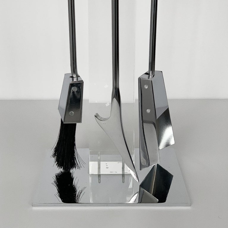Italian 1970s Albrizzi Lucite and Chrome Fireplace Tools For Sale