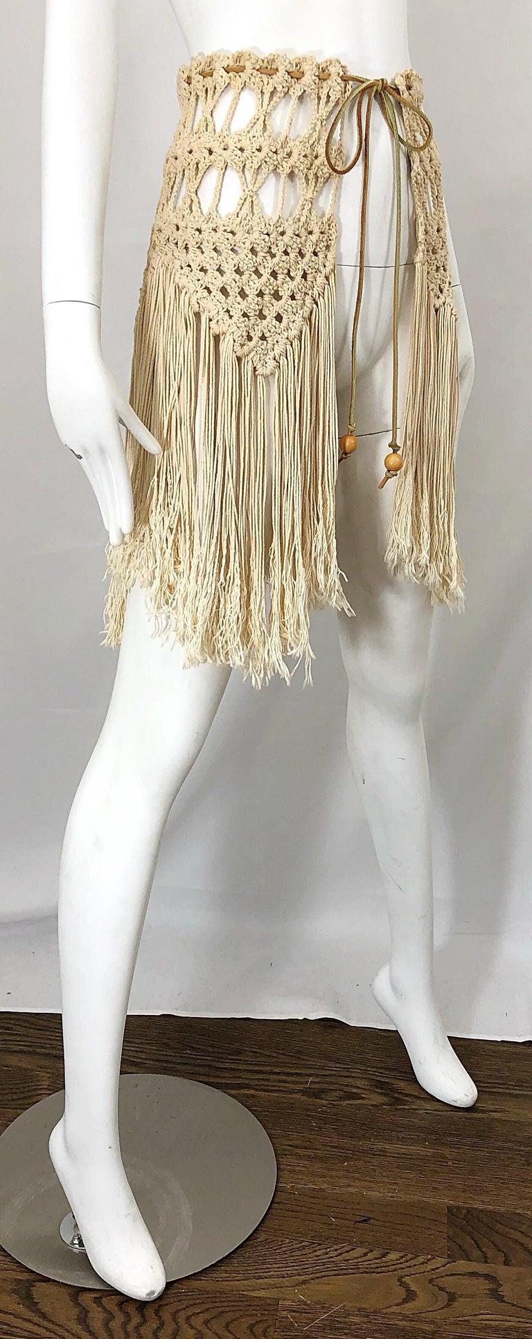 1970s Amazing Khaki Brown Boho Vintage 70s Crochet Fringe Belt Or Capelet Cape For Sale 7