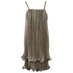1970s Anonymous Gold Pleated Flapper Style Cocktail dress