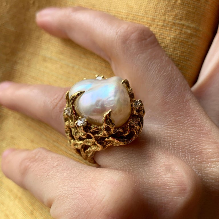 Modern 1970s Arthur King Baroque South Sea Pearl, Diamond and Gold Ring For Sale