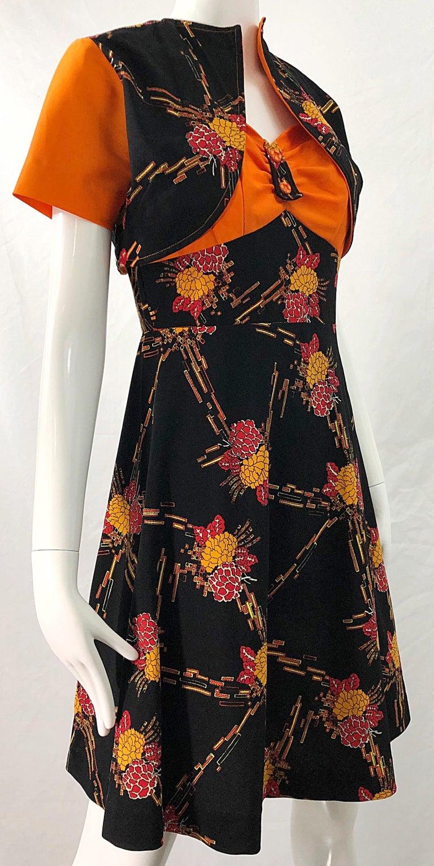 1970s Autumnal Digital Floral Print Knit Vintage 70s A Line Dress + Bolero Top For Sale 7