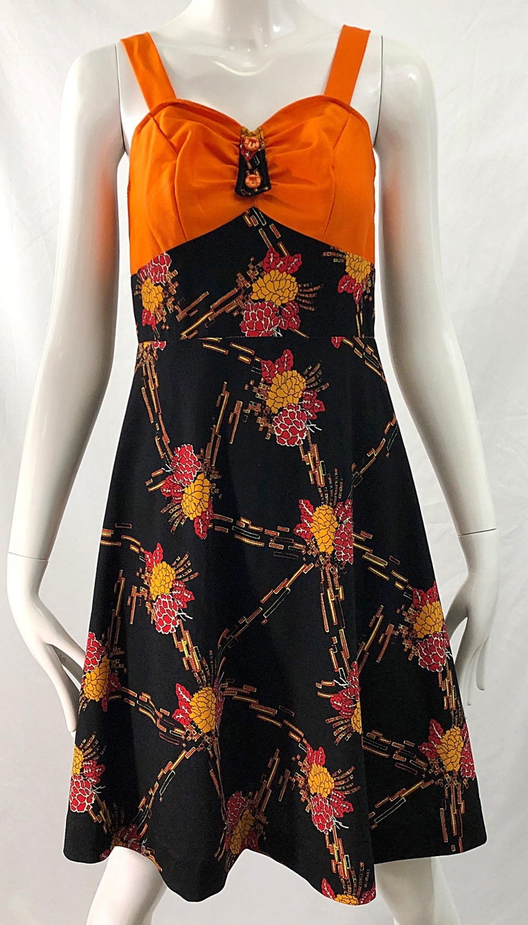 1970s Autumnal Digital Floral Print Knit Vintage 70s A Line Dress + Bolero Top For Sale 9