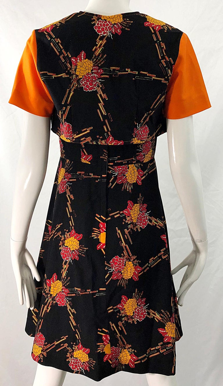 1970s Autumnal Digital Floral Print Knit Vintage 70s A Line Dress + Bolero Top In Excellent Condition For Sale In Chicago, IL