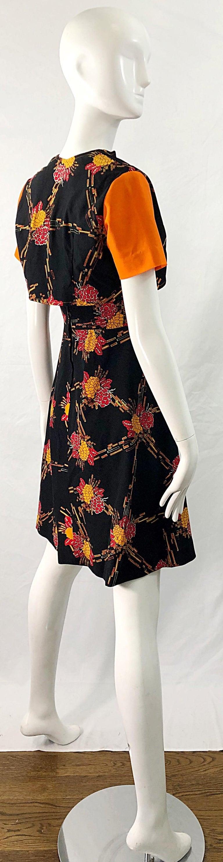 Women's 1970s Autumnal Digital Floral Print Knit Vintage 70s A Line Dress + Bolero Top For Sale