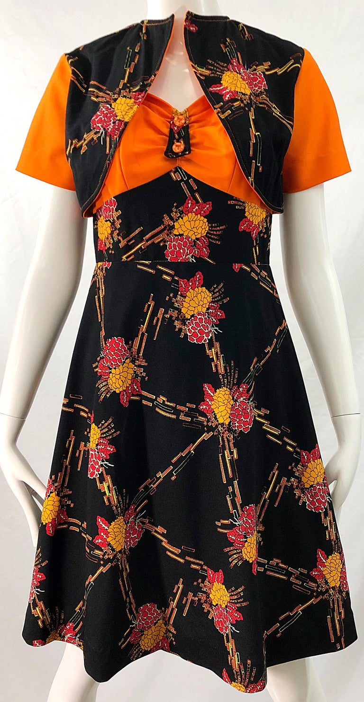 1970s Autumnal Digital Floral Print Knit Vintage 70s A Line Dress + Bolero Top For Sale 3
