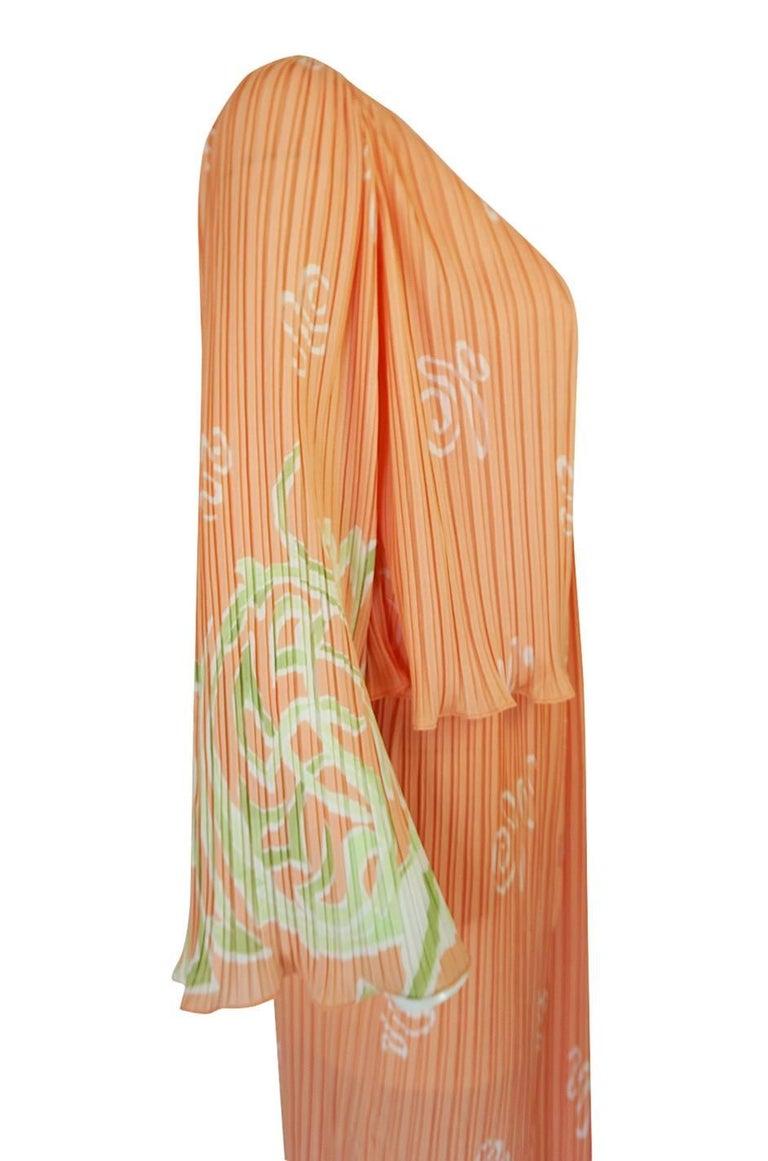 Women's Bill Tice Peach Print Halter Dress and Jacket Pleat Set, 1970s  For Sale