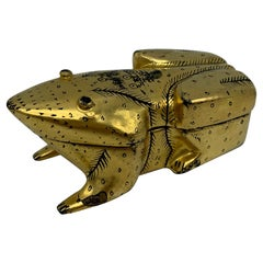 1970s Black and Gold Lacquered Frog Box