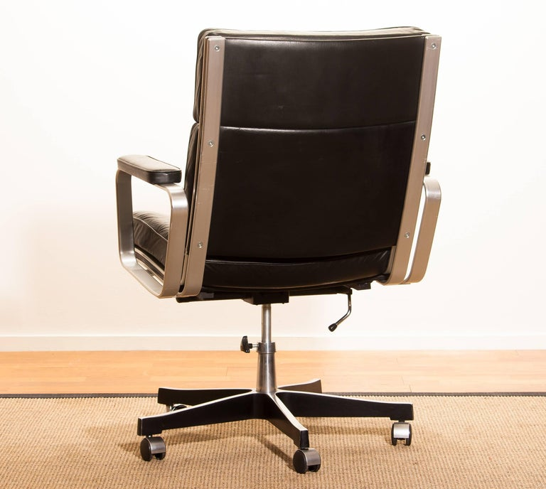 1970s, Black Leather and Aluminum Office Chair by Karl Erik Ekselius for JOC. In Good Condition In Silvolde, Gelderland