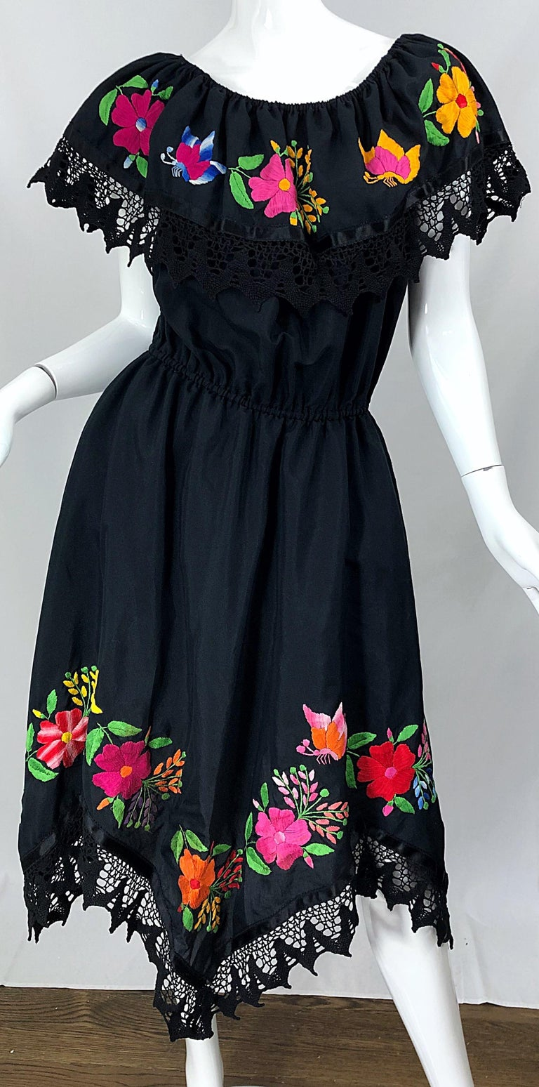 1970s Boho Chic Black Colorful Cotton Embroidered Handkerchief Hem Vintage Dress For Sale 7
