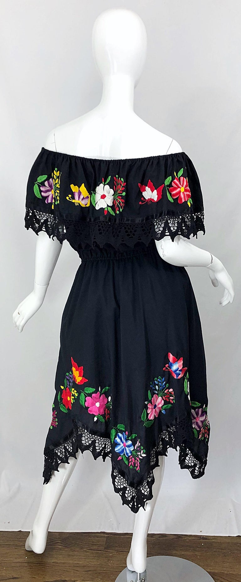 1970s Boho Chic Black Colorful Cotton Embroidered Handkerchief Hem Vintage Dress For Sale 10