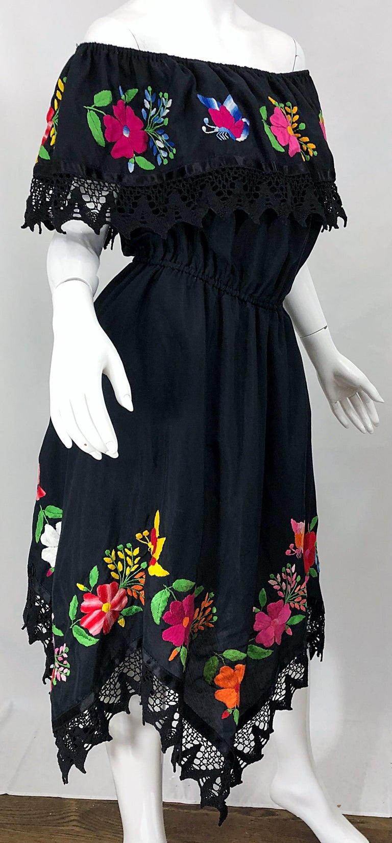 1970s Boho Chic Black Colorful Cotton Embroidered Handkerchief Hem Vintage Dress For Sale 11