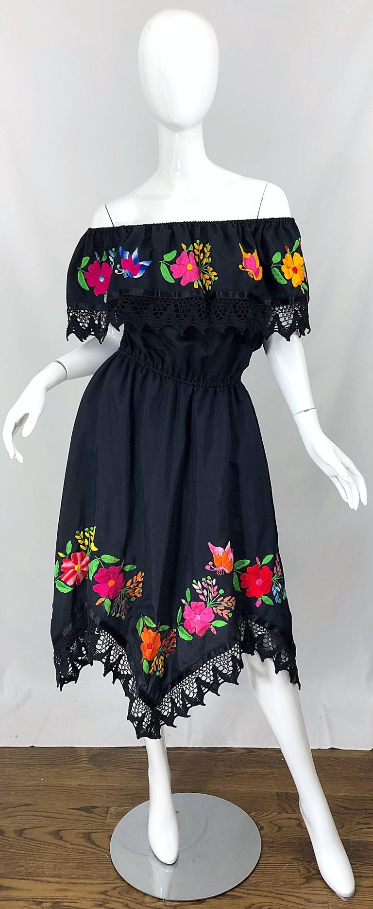 1970s Boho Chic Black Colorful Cotton Embroidered Handkerchief Hem Vintage Dress For Sale 12