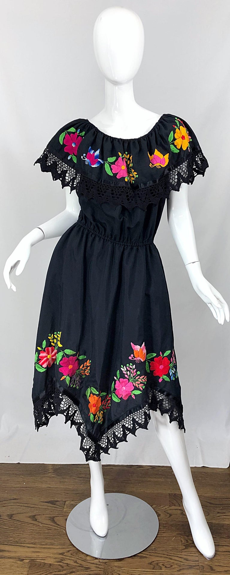 1970s Boho Chic Black Colorful Cotton Embroidered Handkerchief Hem Vintage Dress For Sale 5