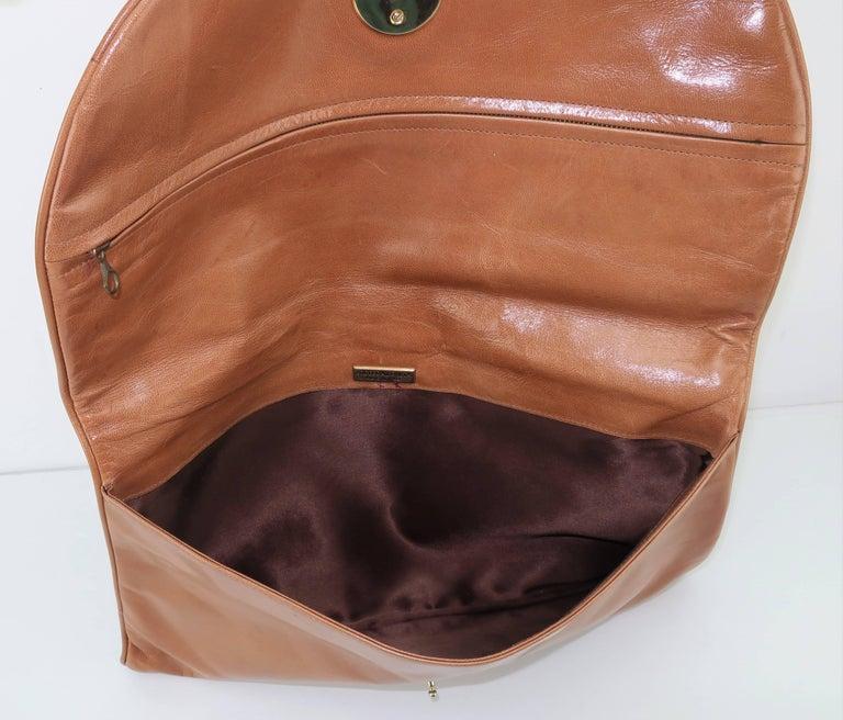 1970's Bottega Veneta Large Envelope Leather Clutch Handbag For Sale 5