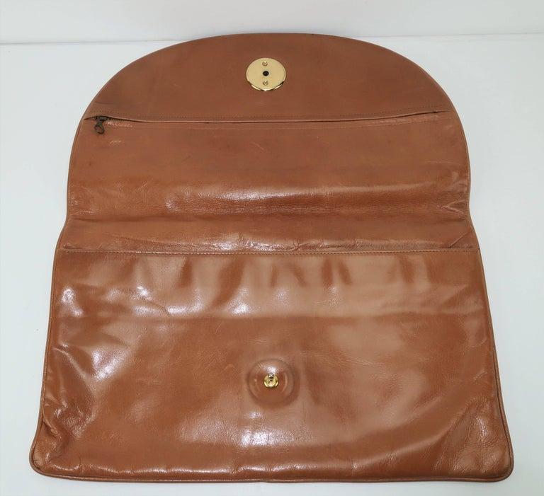 1970's Bottega Veneta Large Envelope Leather Clutch Handbag For Sale 4