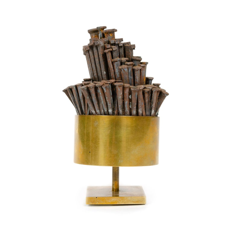 Mid-Century Modern 1970s Brass Tabletop Nail Sculpture For Sale