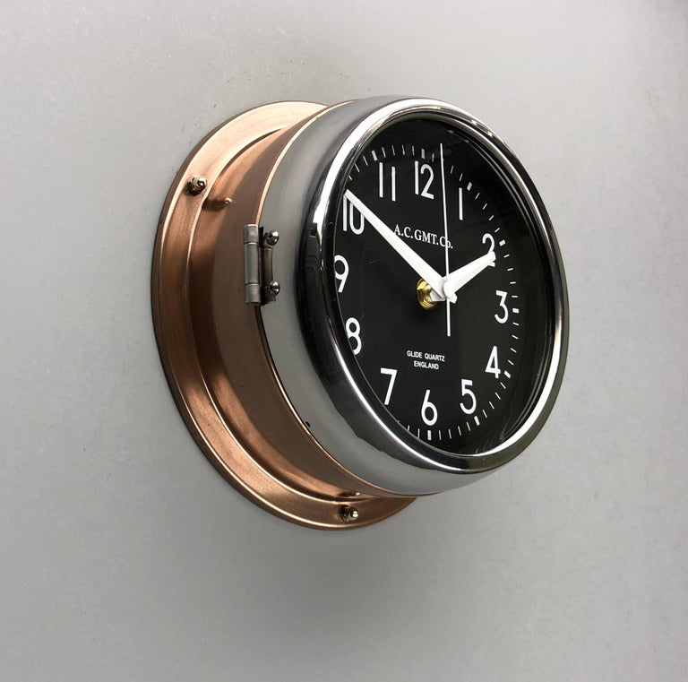 1970s British Bronze AC.GMT.Co. Industrial Wall Clock Chrome Bezel Black Dial In Good Condition For Sale In Leicester, Leicestershire
