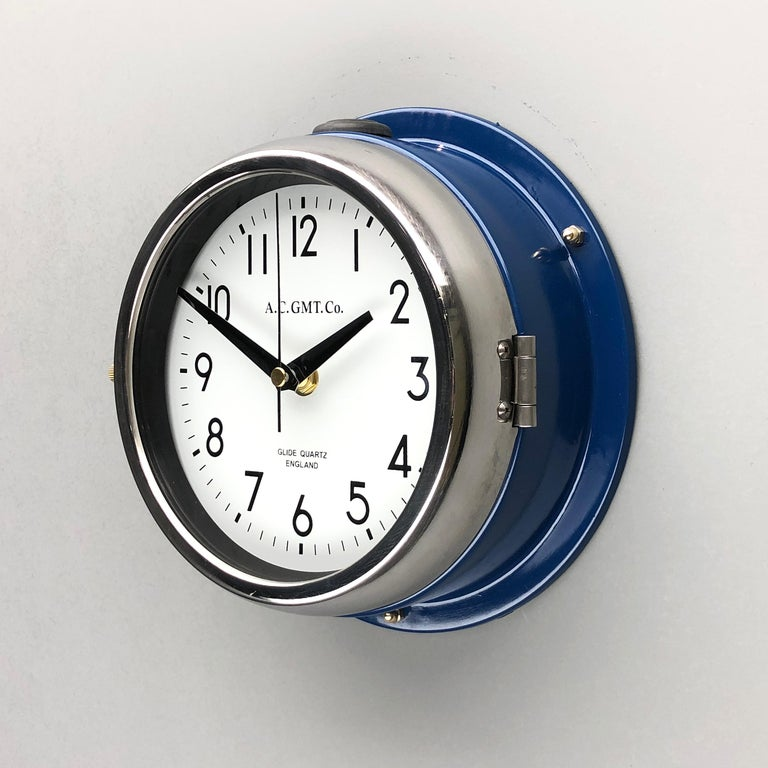 1970s British Classic Blue & Chrome AC GMT Co. Industrial Wall Clock White Dial For Sale 3