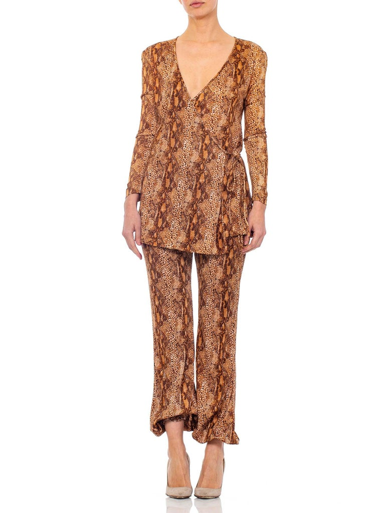 1970S Brown Snake Print Polyester Jersey Wrap Top Ensemble In Excellent Condition For Sale In New York, NY