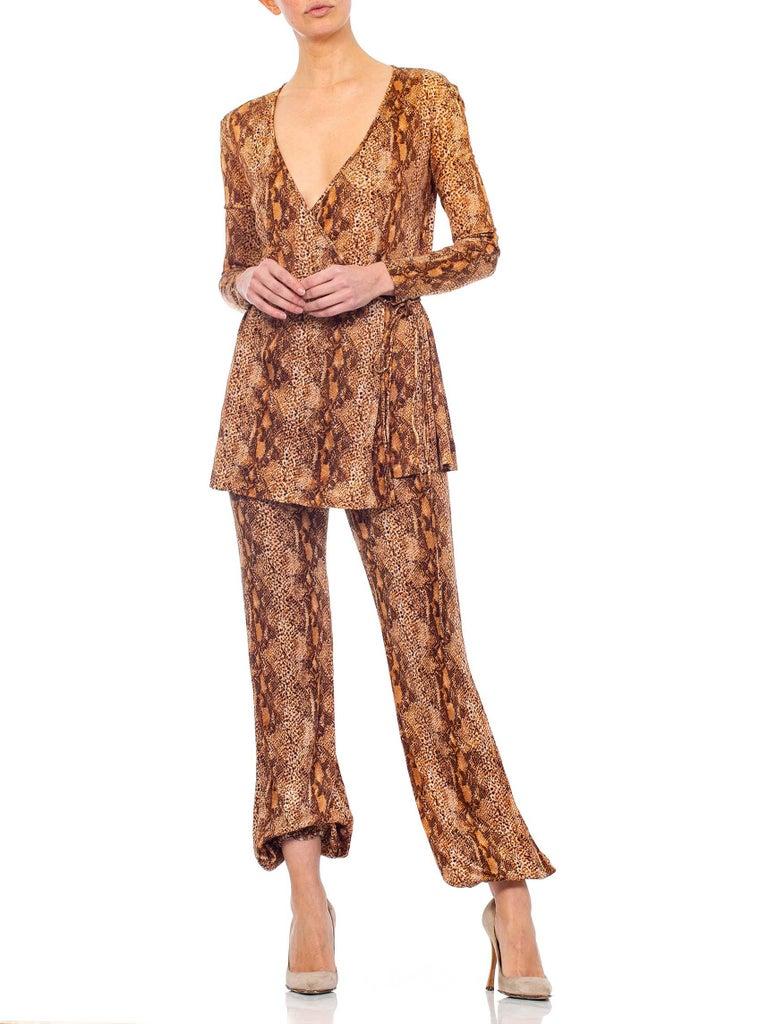 1970S Brown Snake Print Polyester Jersey Wrap Top Ensemble For Sale 2